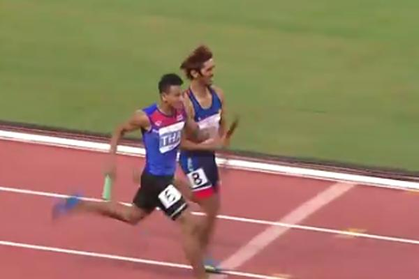 """ยินดีด้วย !! กับเหรียญทองวิ่งผลัด 4x400 เมตร ทีมไทย แบบ """"ลุ้นระทึก"""" แบบเฉียดฉิว"""